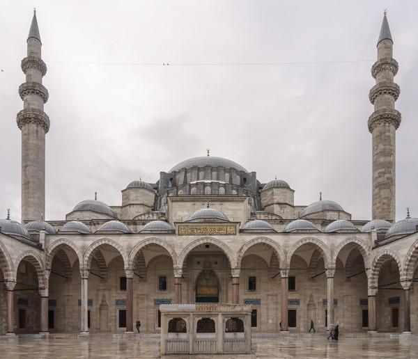 Masjid Sultan Sulaiman di Istanbul, Turki.