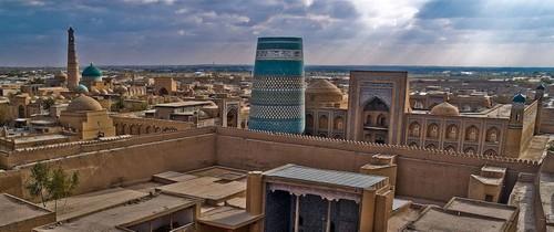 Pemandangan Bukhara dilihat dari tempat yang tinggi