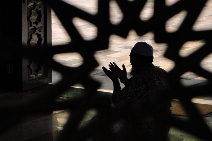 Emanuel Adebayor, 13 Alasan Mengapa Saya Memilih Islam