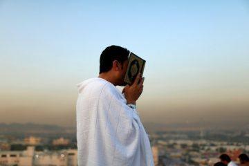 seorang-hindu-memeluk-islam-kemudian-berhaji